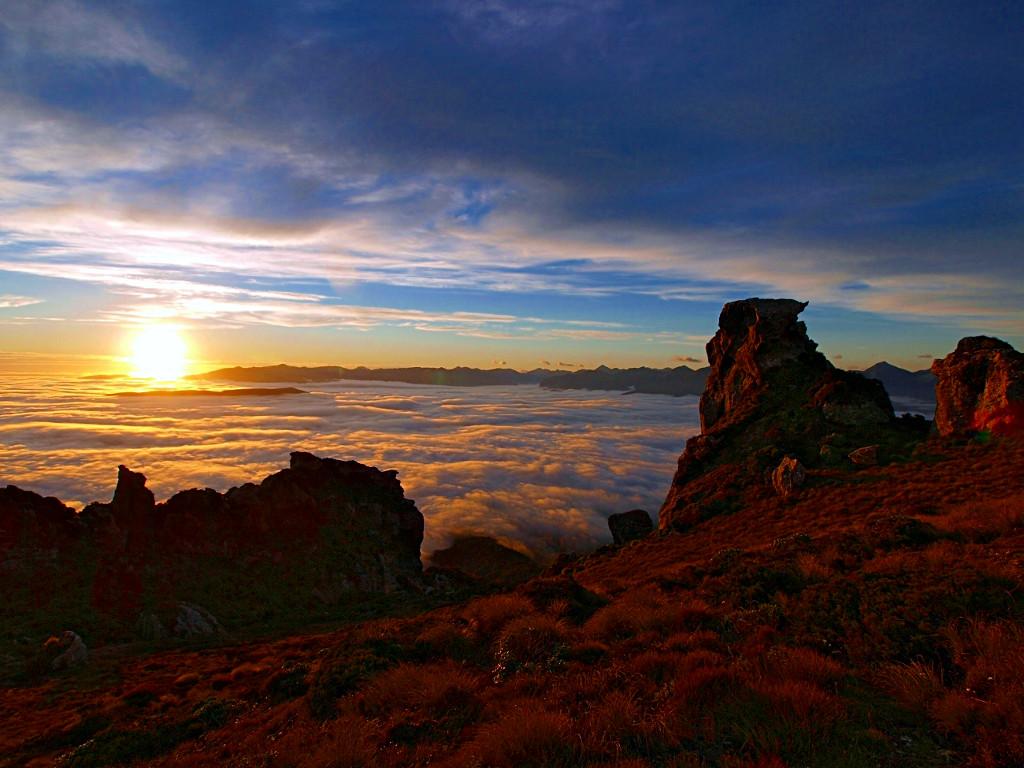 Hump Ridge Track ~ Cloud Blanket